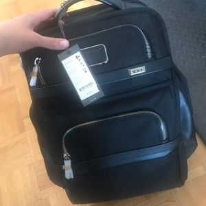 BNWT tumi backpack